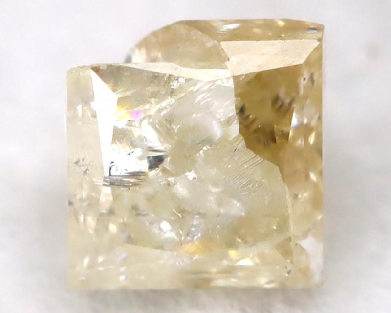 0.26Ct Natural Princess Cut Untreated Fancy Diamond BM0570