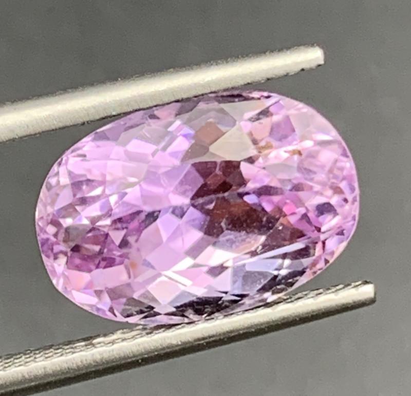 8.33 Carat Kunzite Gemstones