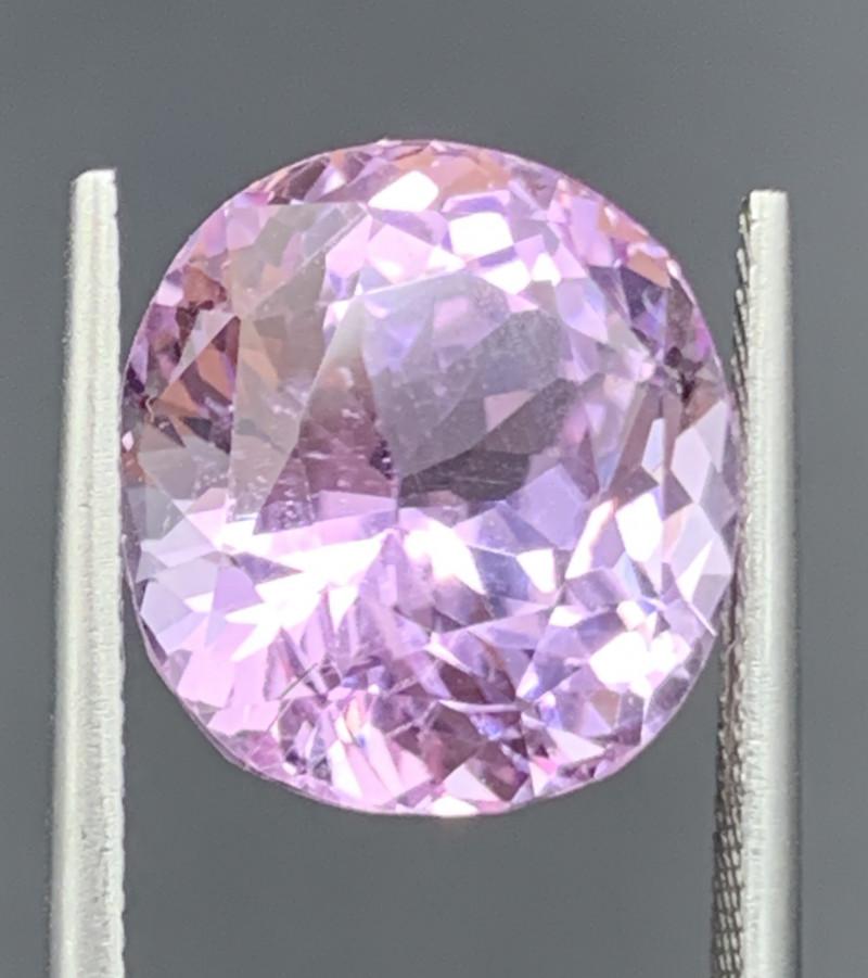 14.33 Carat Kunzite Gemstones