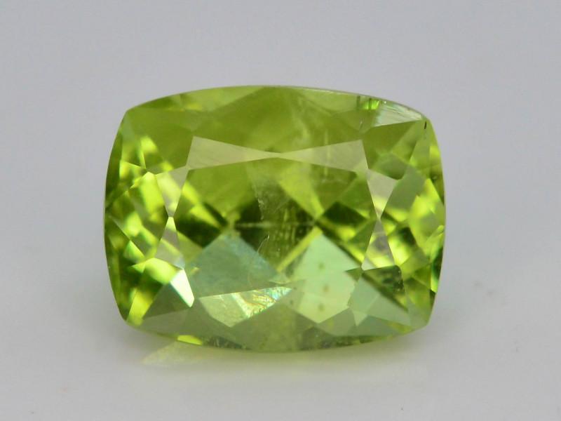 Apple Green 1.95 Ct Natural Peridot