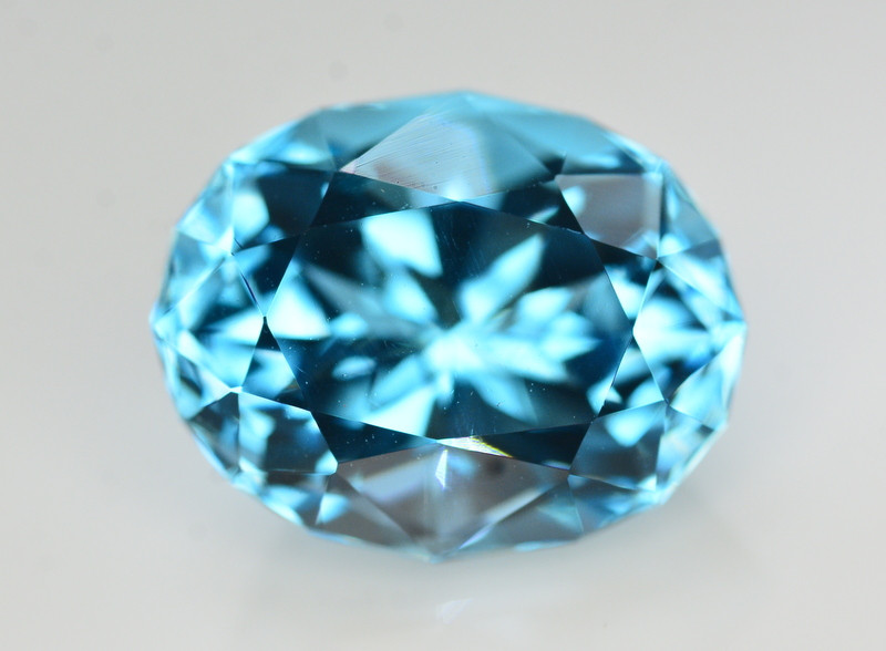 Stunning  13.70 Ct Natural Blue Topaz Gemstone
