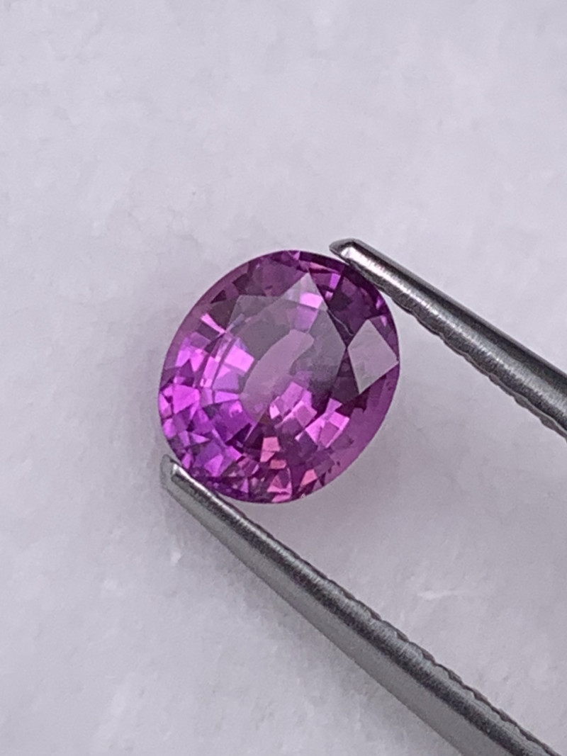 1.01 Cts Deep Pink Unheated/Untreated Amazing Quality Natural Sapphire Sril