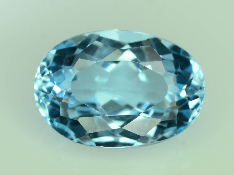 Top Quality 8.45 ct Swiss Topaz