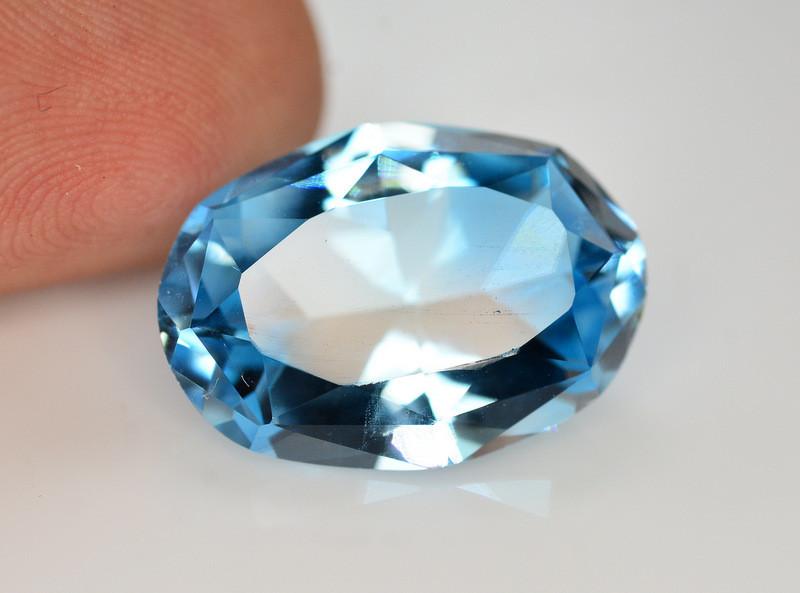 Stunning 14.85 Ct Natural Blue Topaz Gemstone