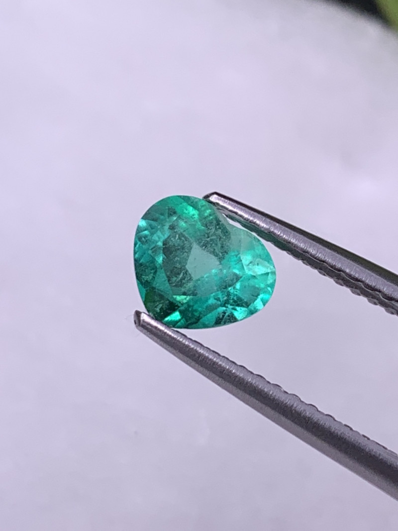 Colombian Natural Emerald Custom Heart Fine Quality Deep Green 0.83 Cts