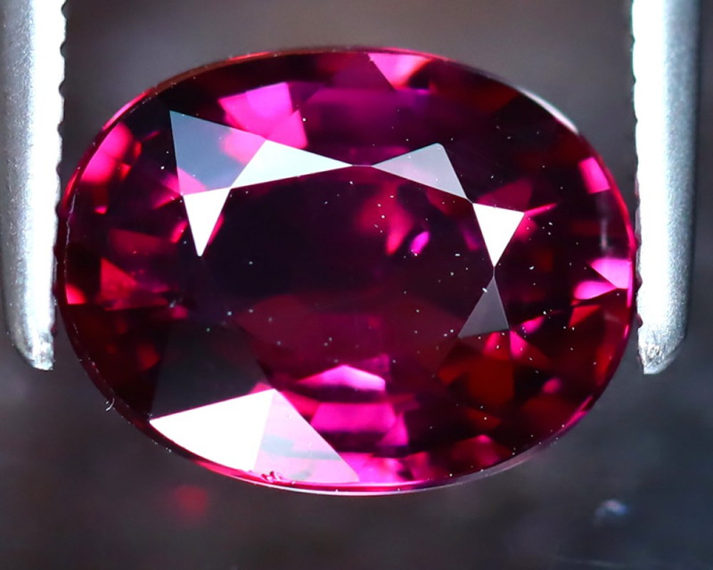 Rhodolite 2.22Ct Natural VVS Purplish Red Rhodolite Garnet DF2519/A5