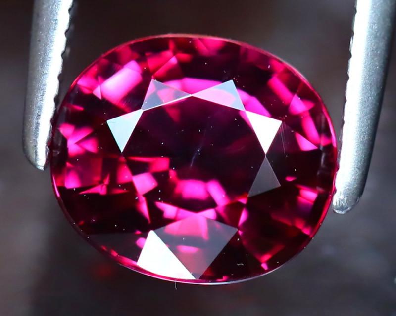 Rhodolite 2.00Ct Natural VVS Purplish Red Rhodolite Garnet DF2520/A5