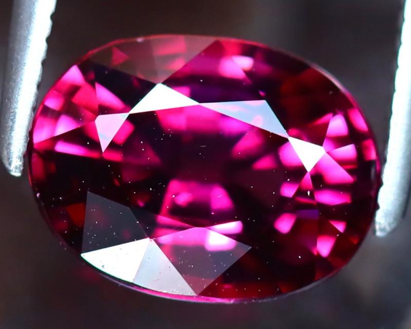 Rhodolite 2.58Ct Natural VVS Purplish Red Rhodolite Garnet DF2521/A5