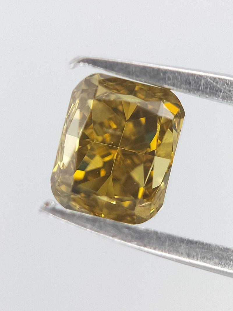 Green Colour Diamond , Cushion Brilliant Cut , 0.28 cts