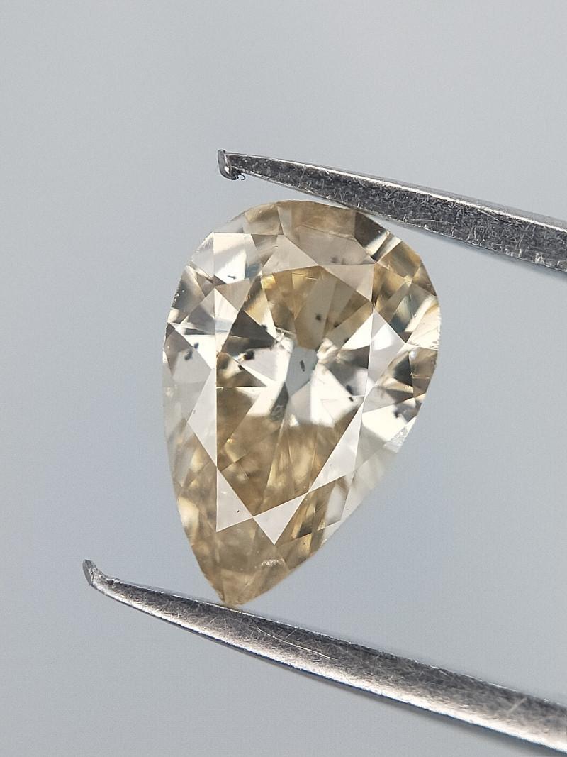 Mild Brown Diamond , Pear brilliant Cut , 0.28 cts