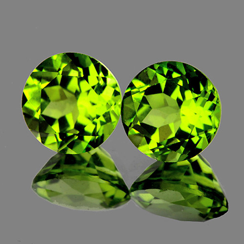 6.00 mm Round 2 pcs 1.85cts Green Peridot [VVS}