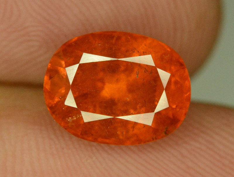 Fanta Color 4.30 ct Natural  Spessartite Garnet
