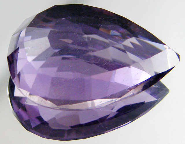 VVS BRILLIANT QUALITY AMETHYST STONE 13.5  CTS ST 244