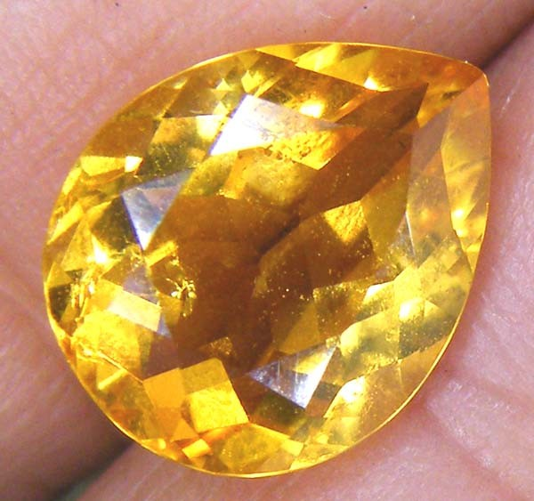 CITRINE NATURAL FACETED  2.85CTS AS-846