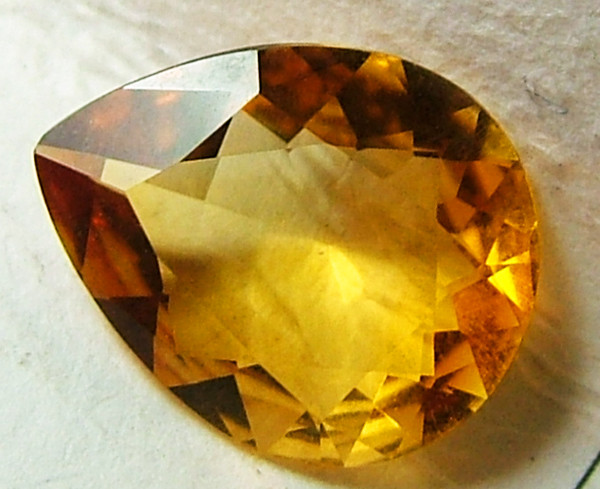 CITRINE NATURAL FACETED  1.40CTS AS-860