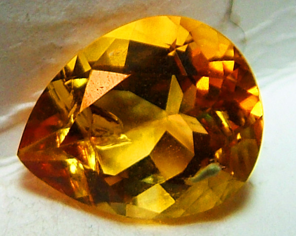 CITRINE NATURAL FACETED 2.10 CTS AS-859