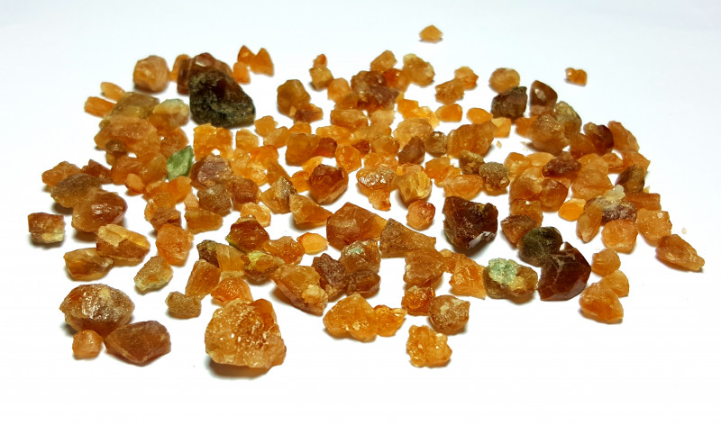 Amazing Natural color Spessartine Garnet Rough / Crystal max  lot 290Cts-A