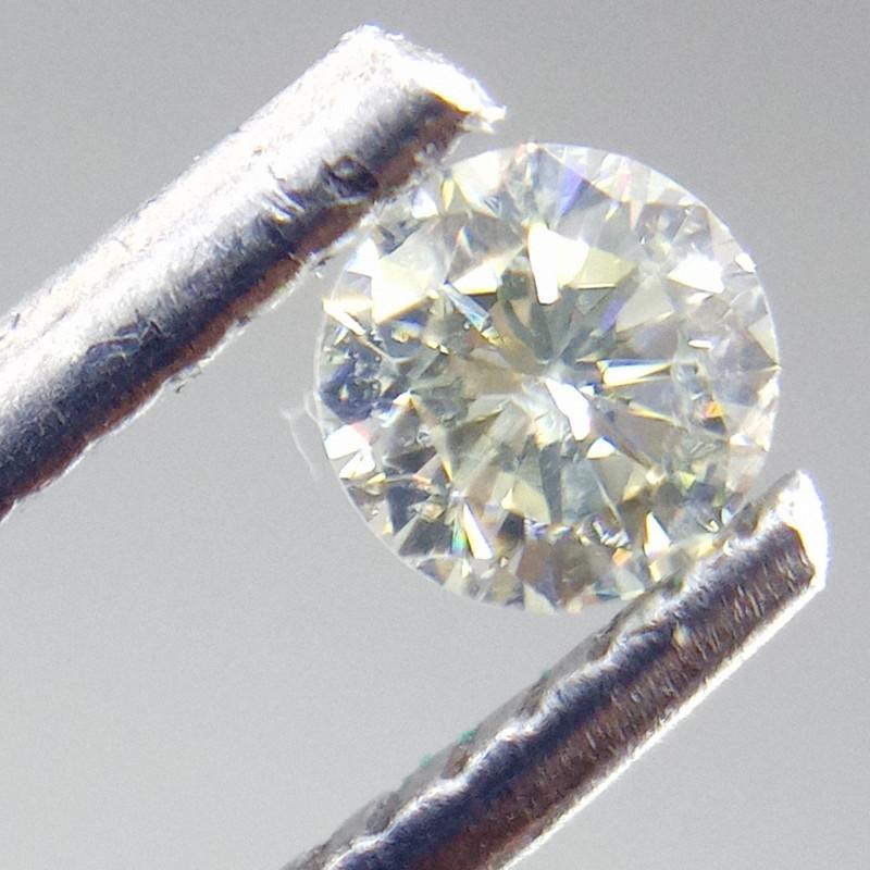 0.23ct  White  Diamond , 100% Natural Untreated