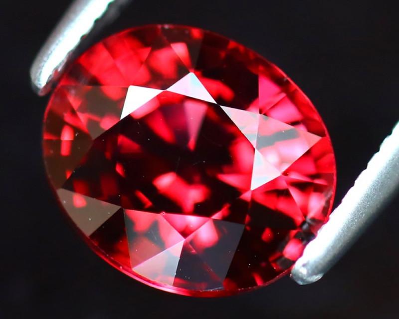 Rhodolite 2.40Ct Natural VVS Purplish Red Rhodolite Garnet DAF0218/A5
