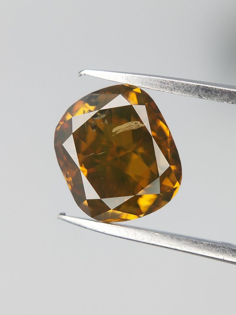 1.01 ct , Beautiful Colored Diamond , Cushion Brilliant Cut