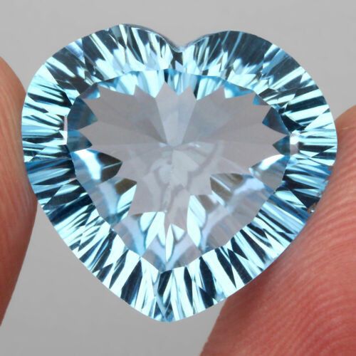 16.95 ct. 100% Natural Earth Mined Top Quality Blue Topaz Brazil