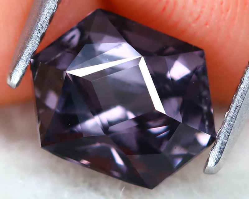 Purple Spinel 2.17Ct VVS Precision Master Cut Natural Purple Spinel AT0928