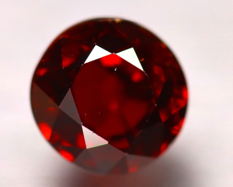 Spessartite Garnet 5.86Ct Natural Spessartite Garnet ER258/B34