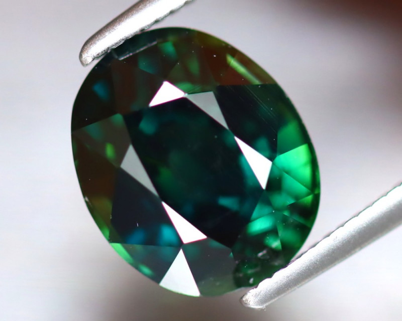 Certified Sapphire 3.87Ct Natural Unheated Teal Sapphire ER268