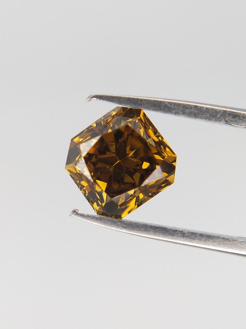 0.52 CTS , Radiant Diamond , Greenish Yellow Diamond
