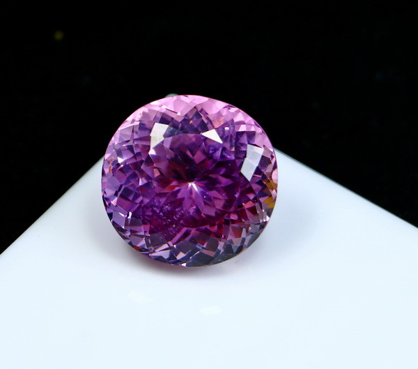 AAA+ 37.10 CTs Natural - Unheated Purple Pink Kunzite Gemstone