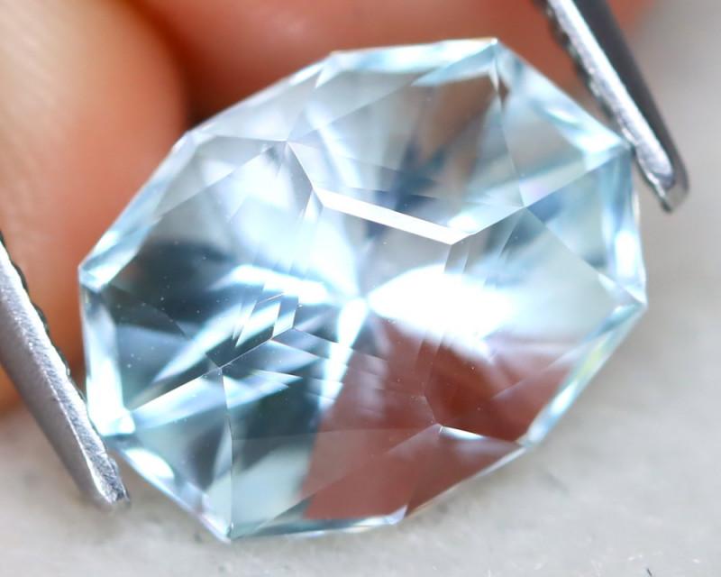 Aquamarine 3.11Ct VVS Master Cut Natural Blue Color Aquamarine AT1034