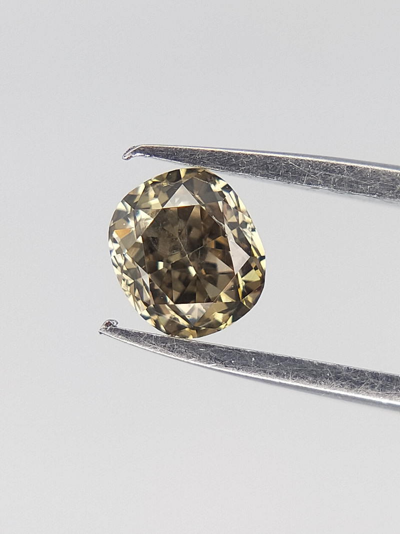 0.18 cts , Oval Brilliant cut , Grey Green Diamond