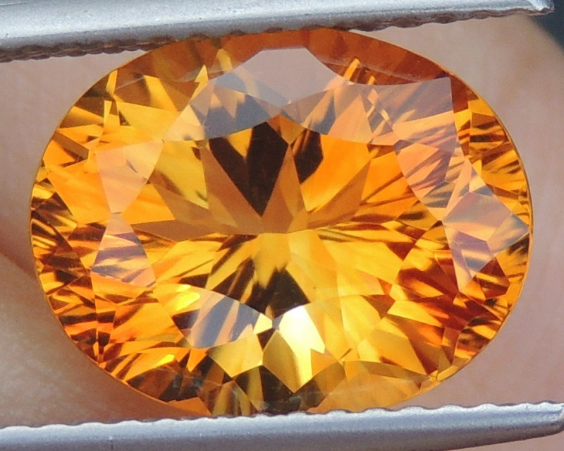 3.84cts *Lolipop Yellow* Citrine, Top  Cut