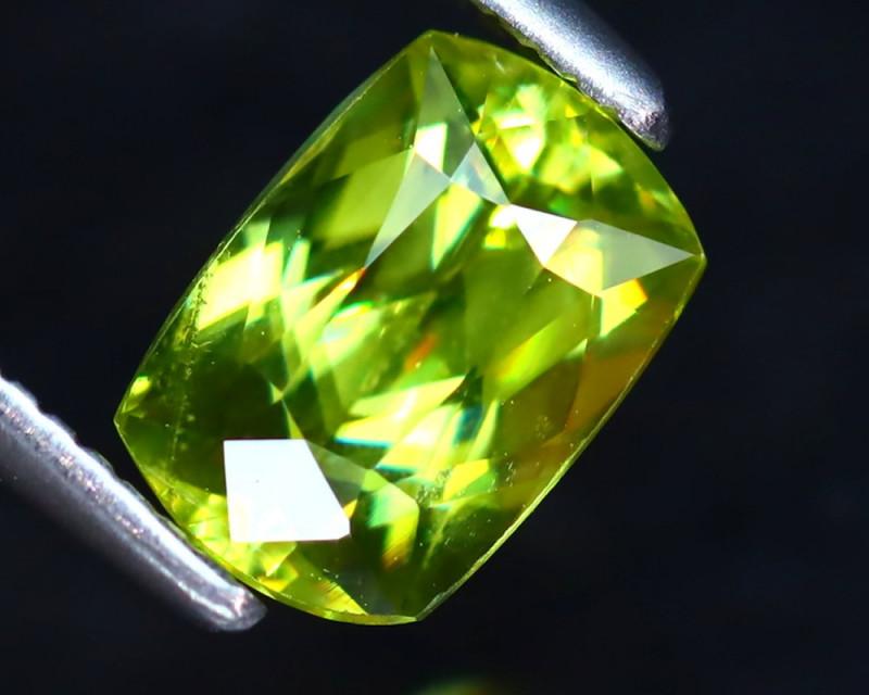 Sphene 1.30Ct Natural Rainbow Flash Green Sphene DF1626/B41
