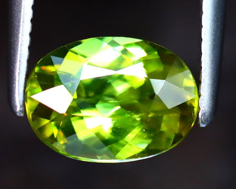 Sphene 1.10Ct Natural Rainbow Flash Green Sphene DF1629/B41