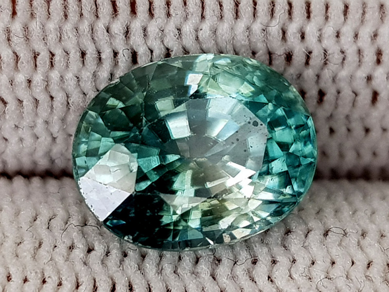 5CT BLUE ZIRCON BEST QUALITY GEMSTONE IIGC021