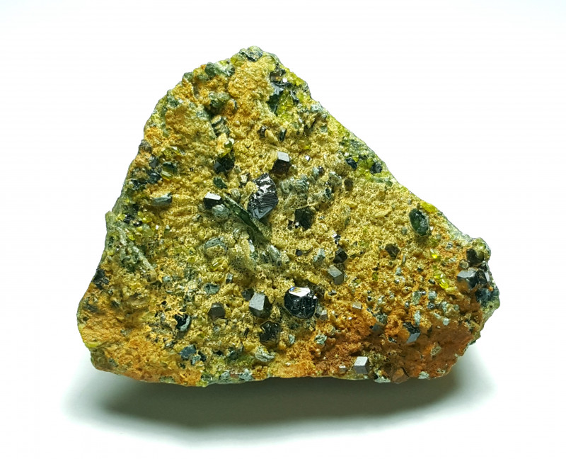 Amazing Natural Damage free Magnetite combine with Diposite and Epidote  19