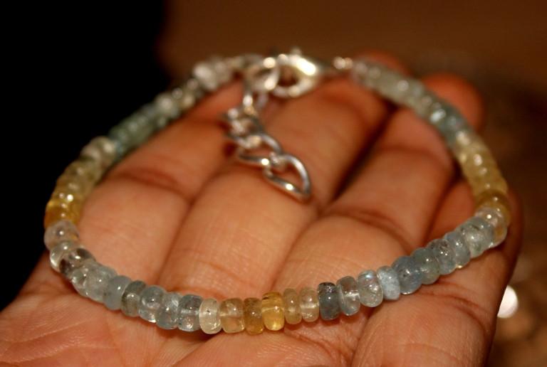 29 Crts Natural Multi Aquamarine Beads Bracelet 184