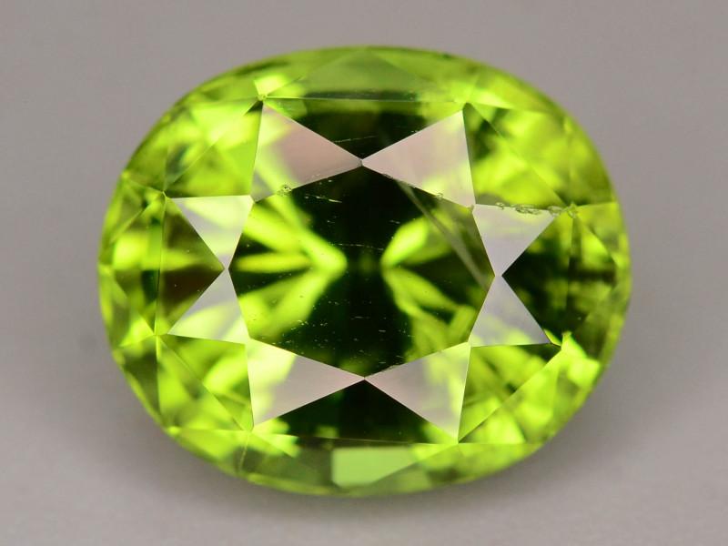 AAA Color & Cut 4.70 ct Peridot ~ Pakistan
