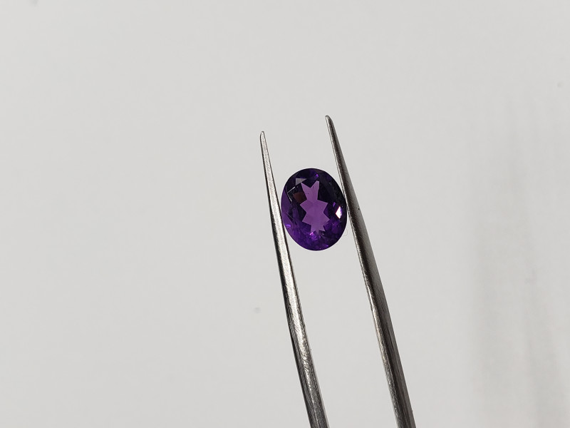 oval shaped Amethyst