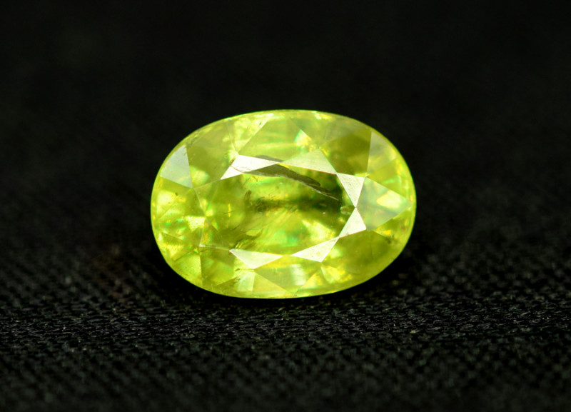 Sphene Titanite, 2.30 CT Natural Full Fire Sphene Titanite Gemstone