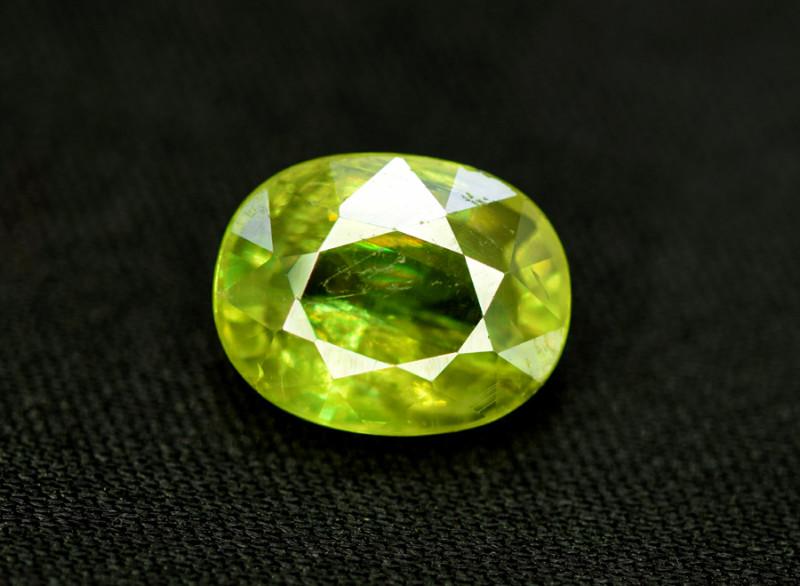 Sphene Titanite, 4.25 CT Natural Full Fire Sphene Titanite Gemstone