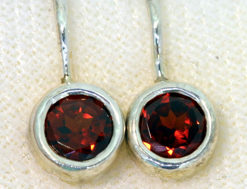 10.50CTS  GARNET SILVER LOOP EARRINGS   SG-3624