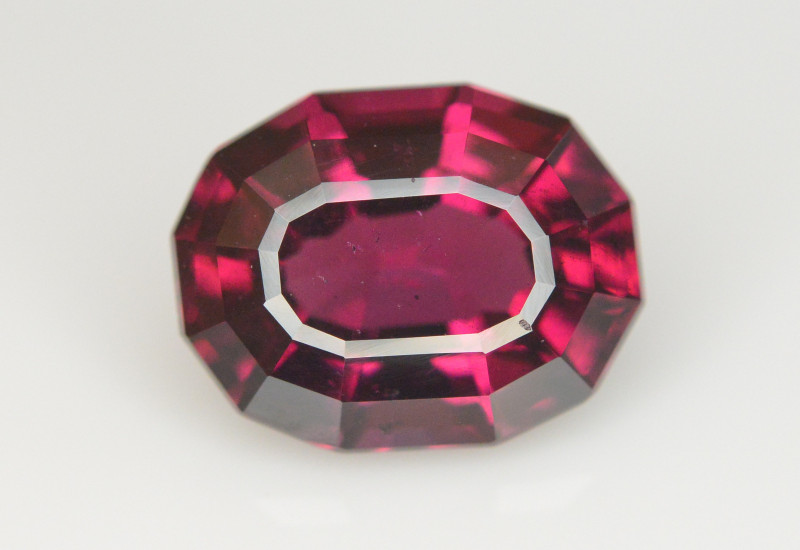 Rare 5.20 Ct Brilliant Quality Natural Garnet