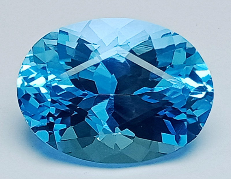 13.80 Ct Natural Topaz Excellent Cutting Top Luster Gemstone. TPF 06