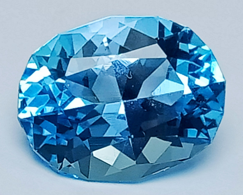 13.50 Ct Natural Topaz Amazing Cutting Top Luster Gemstone. TPF 08