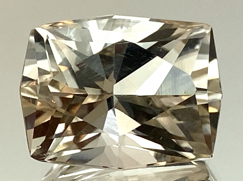 21.45 Ct Natural Topaz Excellent Cutting Top Luster From Pakistan. GTP 03