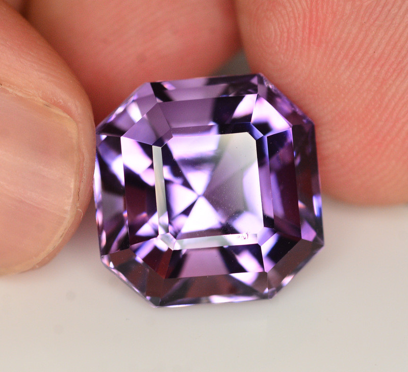 Amazing Quality 12.80Ct Natural Amethyst