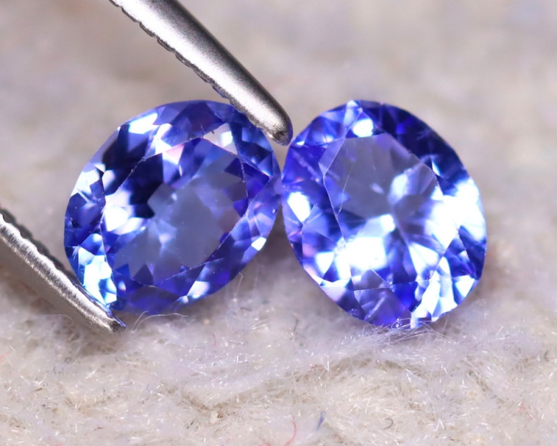 Tanzanite 1.13Ct 2Pcs Natural VVS Purplish Blue Tanzanite DF2829/D3