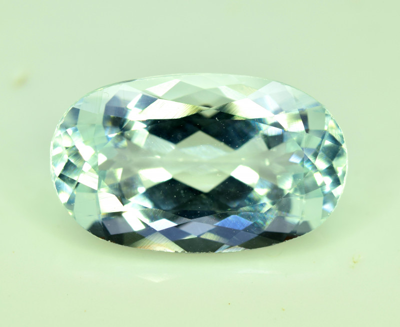 NR 5.60 cts Natural Aquamarine Gemstone